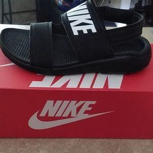 Nike Women Sandels